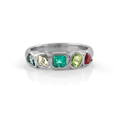 White Gold Family Ring with Emerald and Sapphires