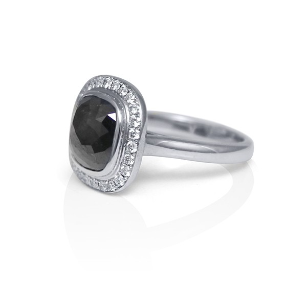 White Gold And Rose Cut Black Diamond Ring With Diamond