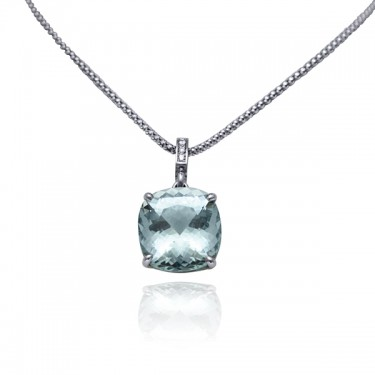 Aquamarine and Diamond Pendat