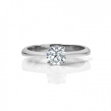 Classic Round Brilliant Canadian Diamond Engagement Ring
